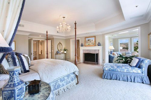 Pin By Viktorya Mena On Architecture Home White Master Bedroom Beautiful Bedrooms