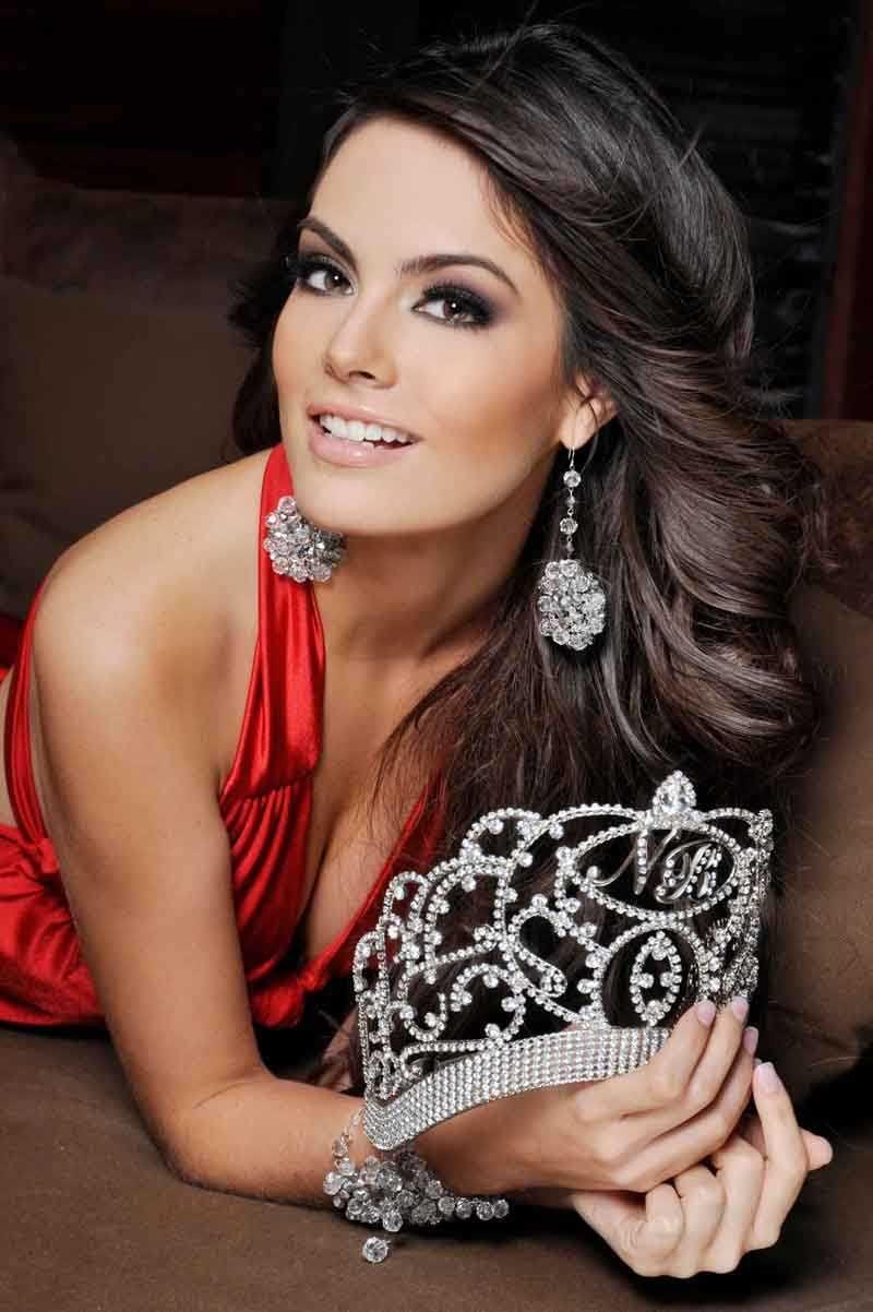 Jimena Navarrete, Miss Mexico and Miss Universe 2010 | All ...  Jimena Navarret...
