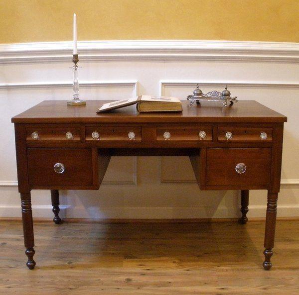 Antique kneehole Desk, Writing Table, Bureau, American Walnut. - Antique Kneehole Desk, Writing Table, Bureau, American Walnut