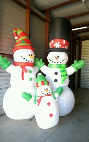 Holiday Snowman Family Christmas Inflatable-11.8 feet tall-air blown decoration https://t.co/UKEfwEn6bC https://t.co/j1f2FolLIL