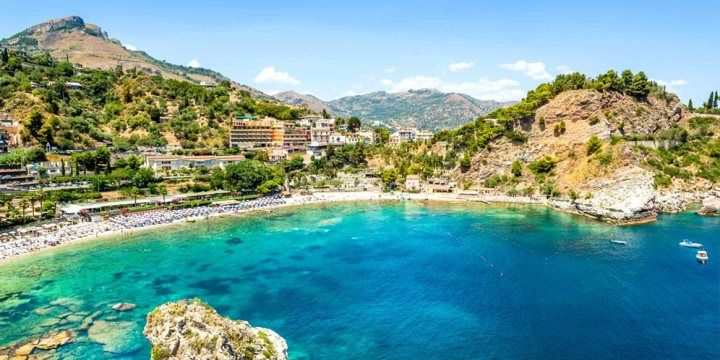 Isola Bella,Taormina Nikiforov Alexander Shutterstock