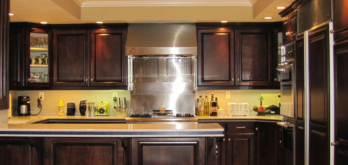 Refinishing Kitchen Cabinets Dark Dengan Gambar