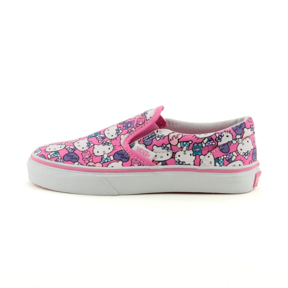 Hello kitty shoes.. Maddie needs. Hello Kitty ShoesCute CanvasSkate ...