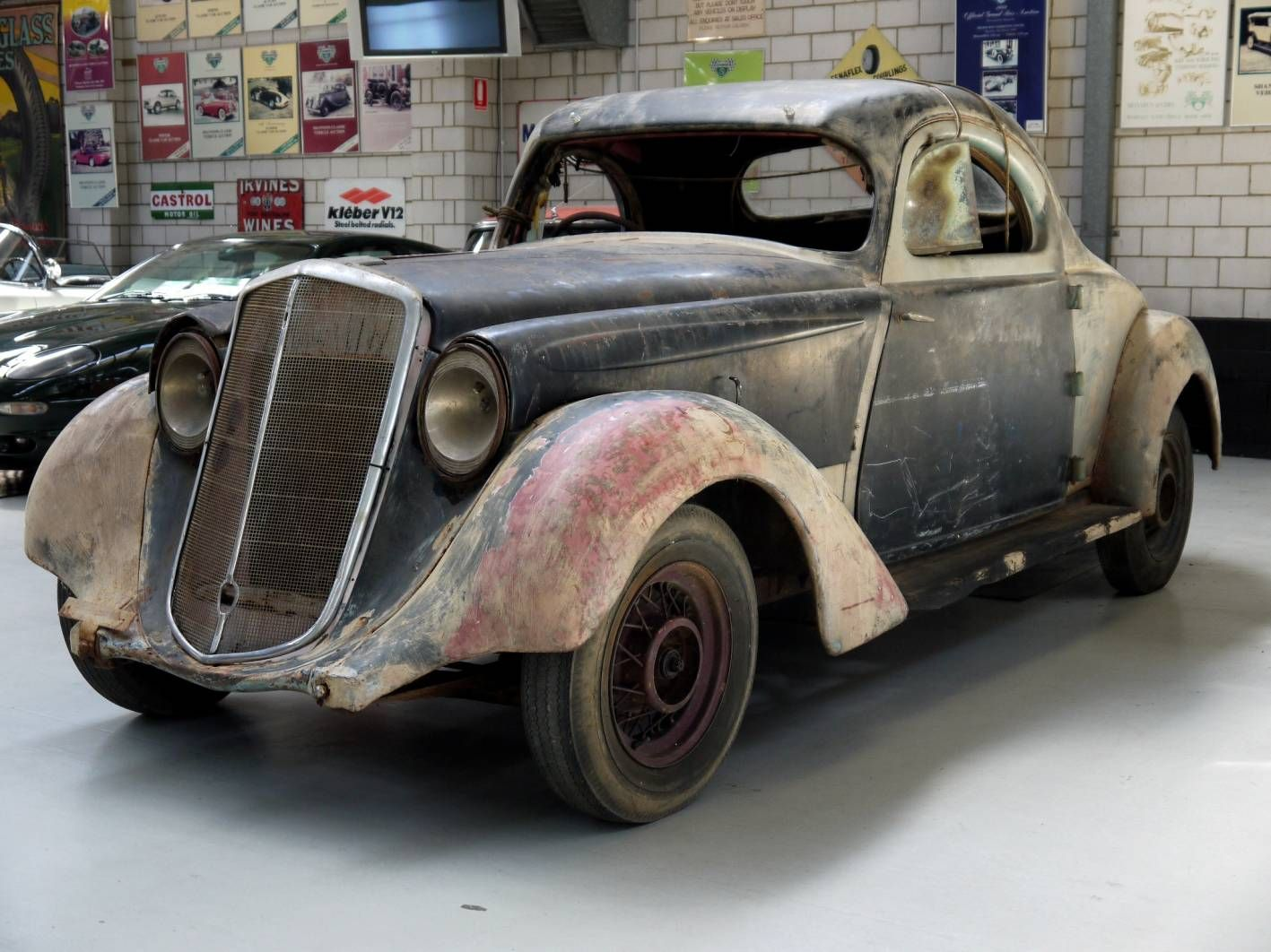 1934 Hupmobile Http Www Theautochannel Com News 2012 02 14 025171 Rare 1934 Hupmobile For Shannons Melbourne Autumn Auction 1 Lg Jpg Carros Motos Auto