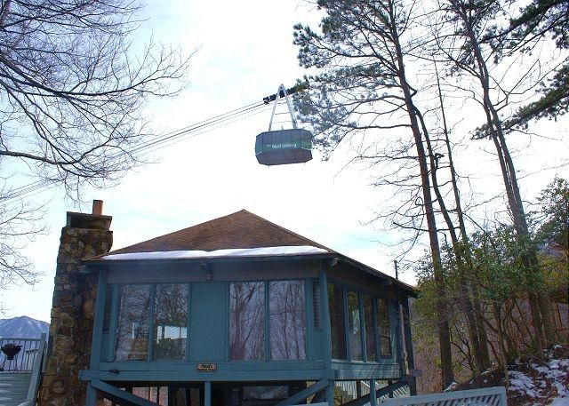 alexas mtn dream 80 chalet in gatlinburg tn gatlinburg pf