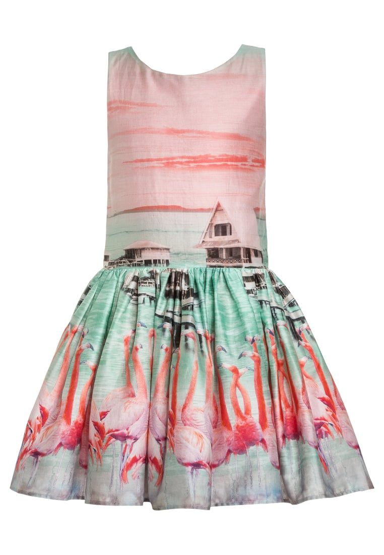 Consigue este tipo de vestido de cóctel de Jottum ahora! Haz clic ...