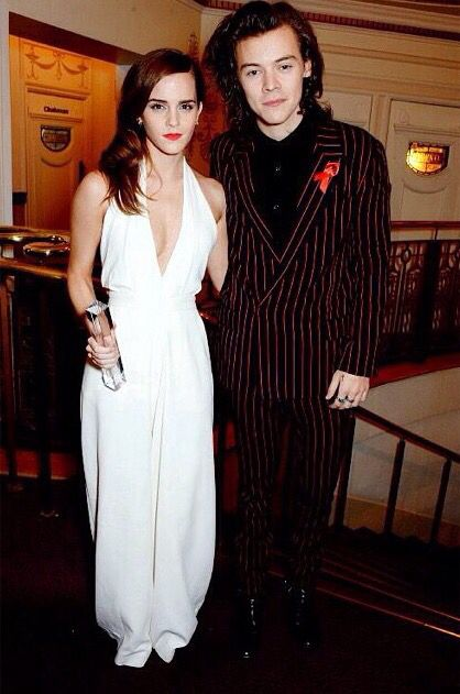 Harry and Emma Watson at the British Fashion Awards (12/1)