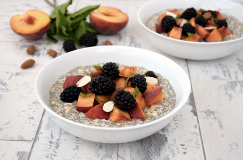 Peach & Blackberry Overnight Oatmeal with Chia Seeds