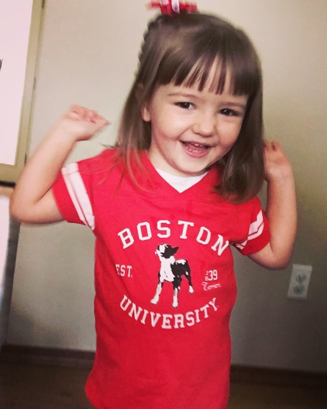 Eleanor is showing her school spirit! @katie_edson #bu2019 #bostonuniversity #bostonterrier #boston by nomiddlechild