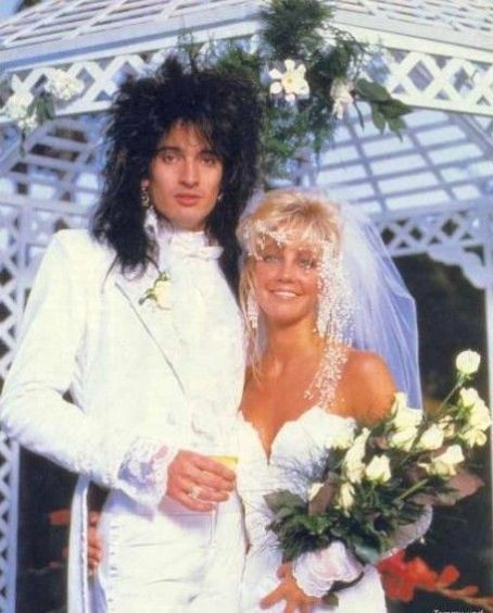 Heather Locklear And Tommy Lee I Thought This Was Too Funny