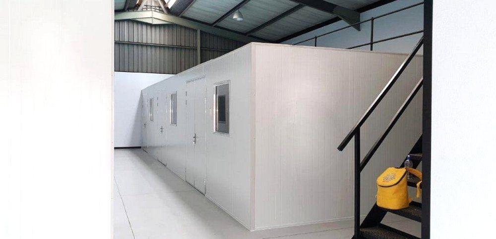 Laboratory walk in freezer cold room