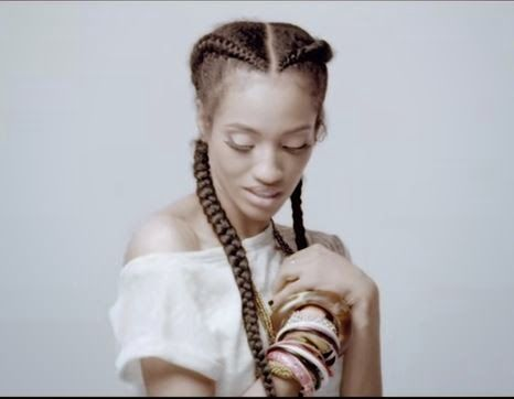 Dija Vs Agbani Who Rocked This Hairstyle Better Celebrities Nigeria Rock Hairstyles Hairstyle Baby Boy Photos