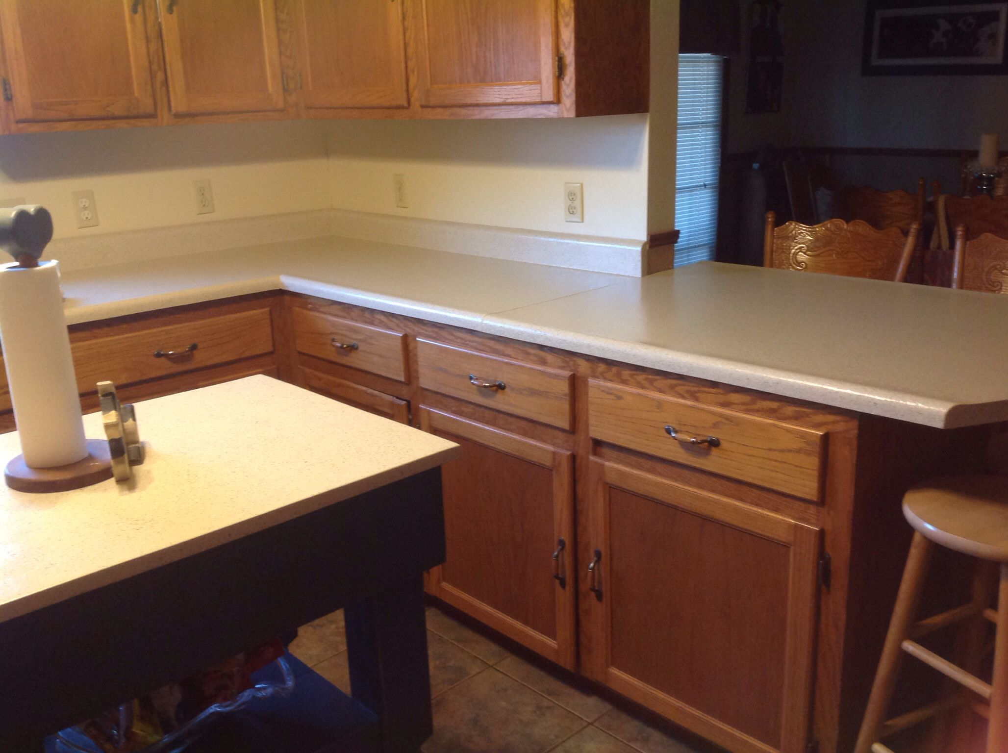Slab granite countertops: Daich countertop paint