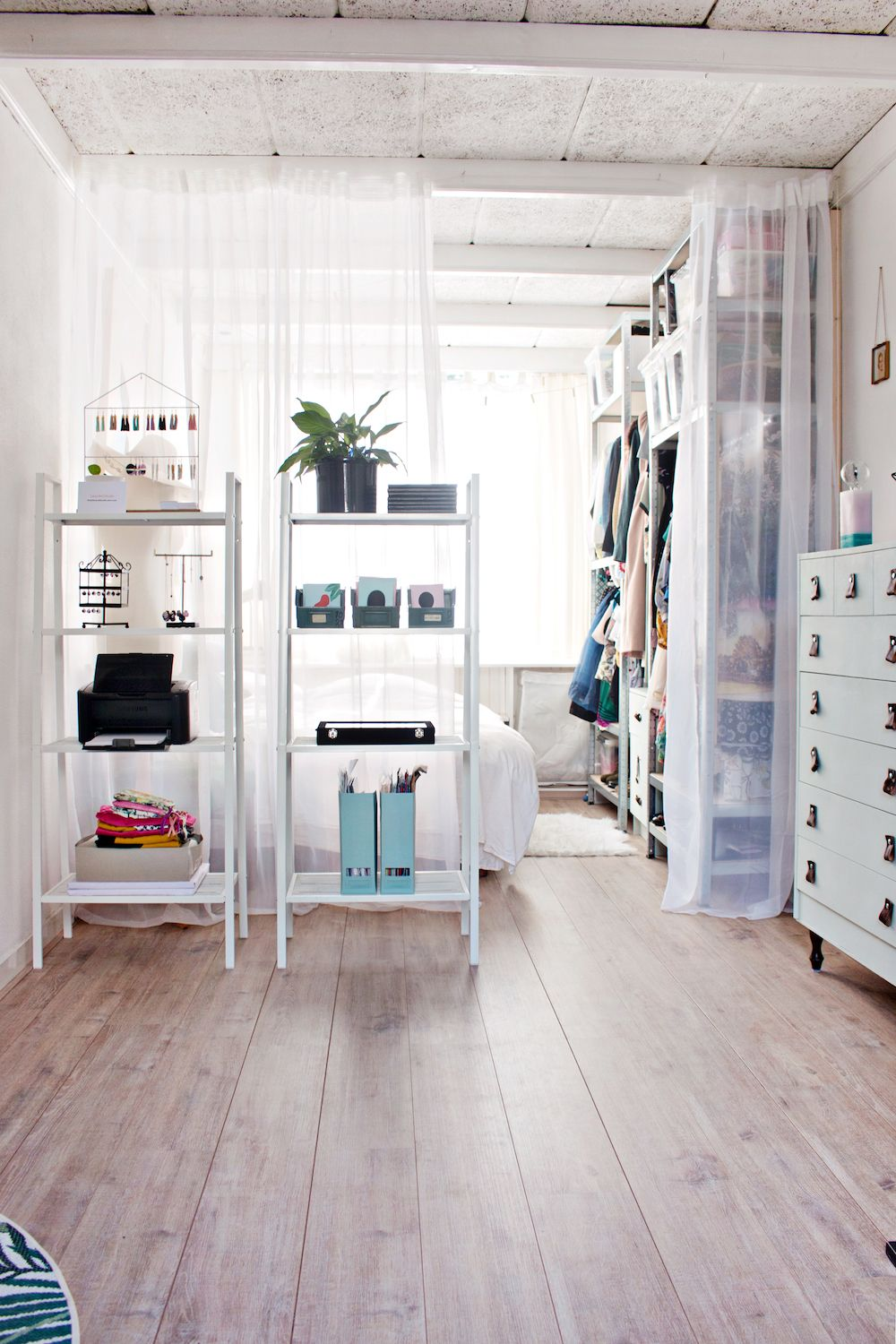 SMALL STUDIO APARTMENT  19 Tips, Tricks and Ideas to Maximize