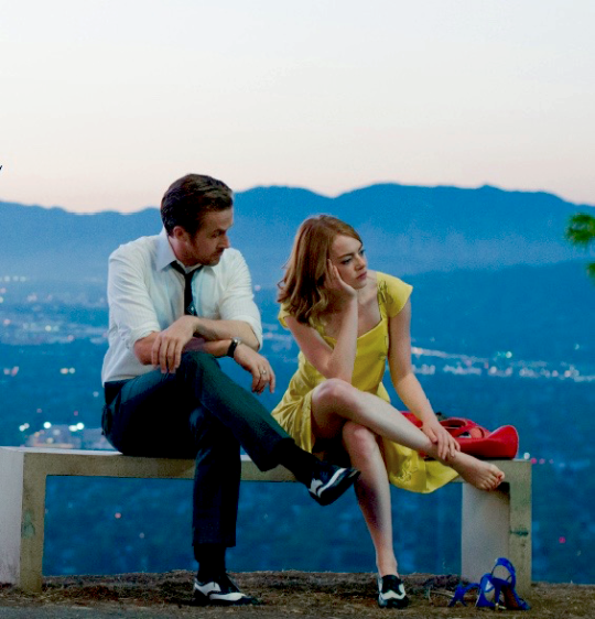 La La Land 2016 This Reminds Me Of One Of The Dates My Husband And I Went On In The Hollywood Hills While We Were D Musical Movies Movie Couples Movie Scenes