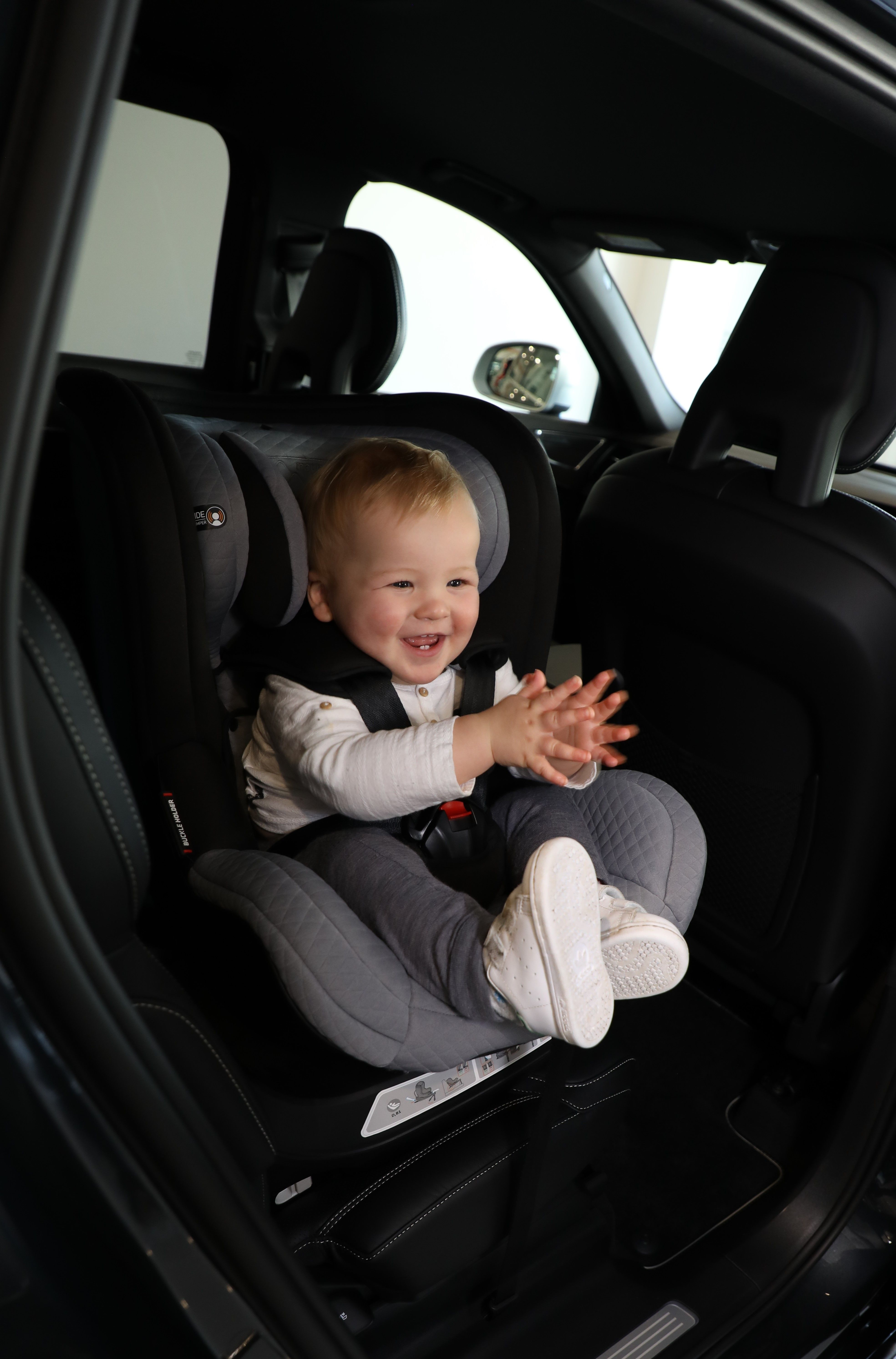 Mountain Buggy Safe Rotate Reviews A Convertible Car Seat That Is