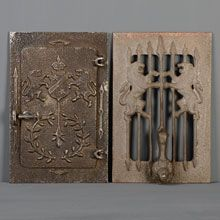 Merveilleux Historic Revival Speakeasy Door Viewer, C1940