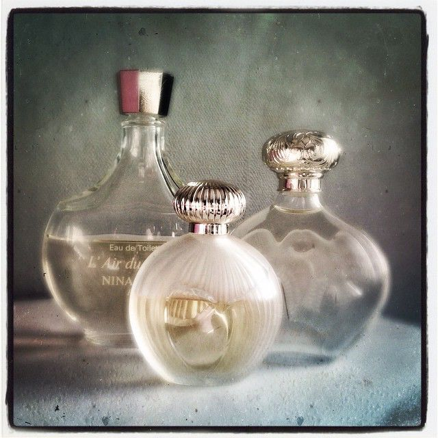 Moment princesse vintage en #NinaRicci. #parfum du soir: Nina.  #scent of the night