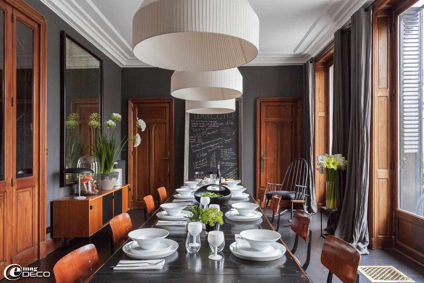 La salle à manger de la maison d\'hôtes \'La Villa 1901\' à Nancy, avec ...