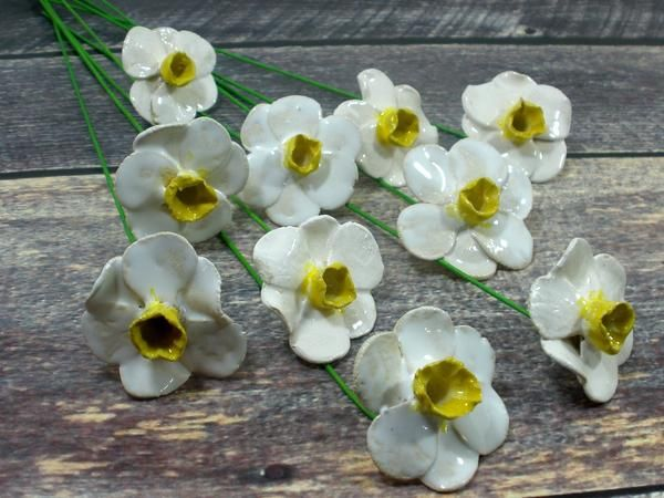White And Yellow Daffodil Ceramic Flowers Ceramic Flowers Clay Flowers Flower Sculptures