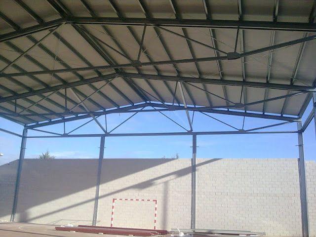Cubiertas metalicas montar cubiertas met licas y fachadas - Cerchas metalicas para cubiertas ...