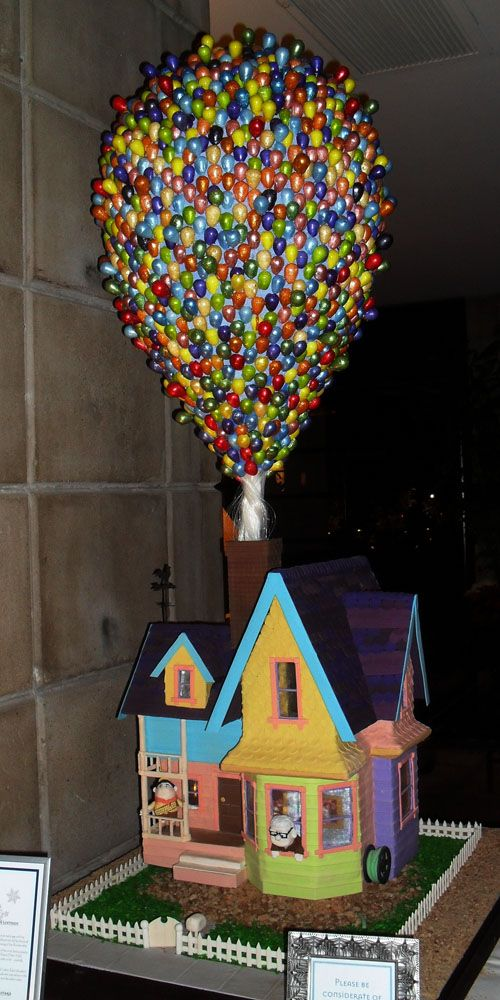 Whoville gingerbread house best running shoes for Cool designs for gingerbread houses