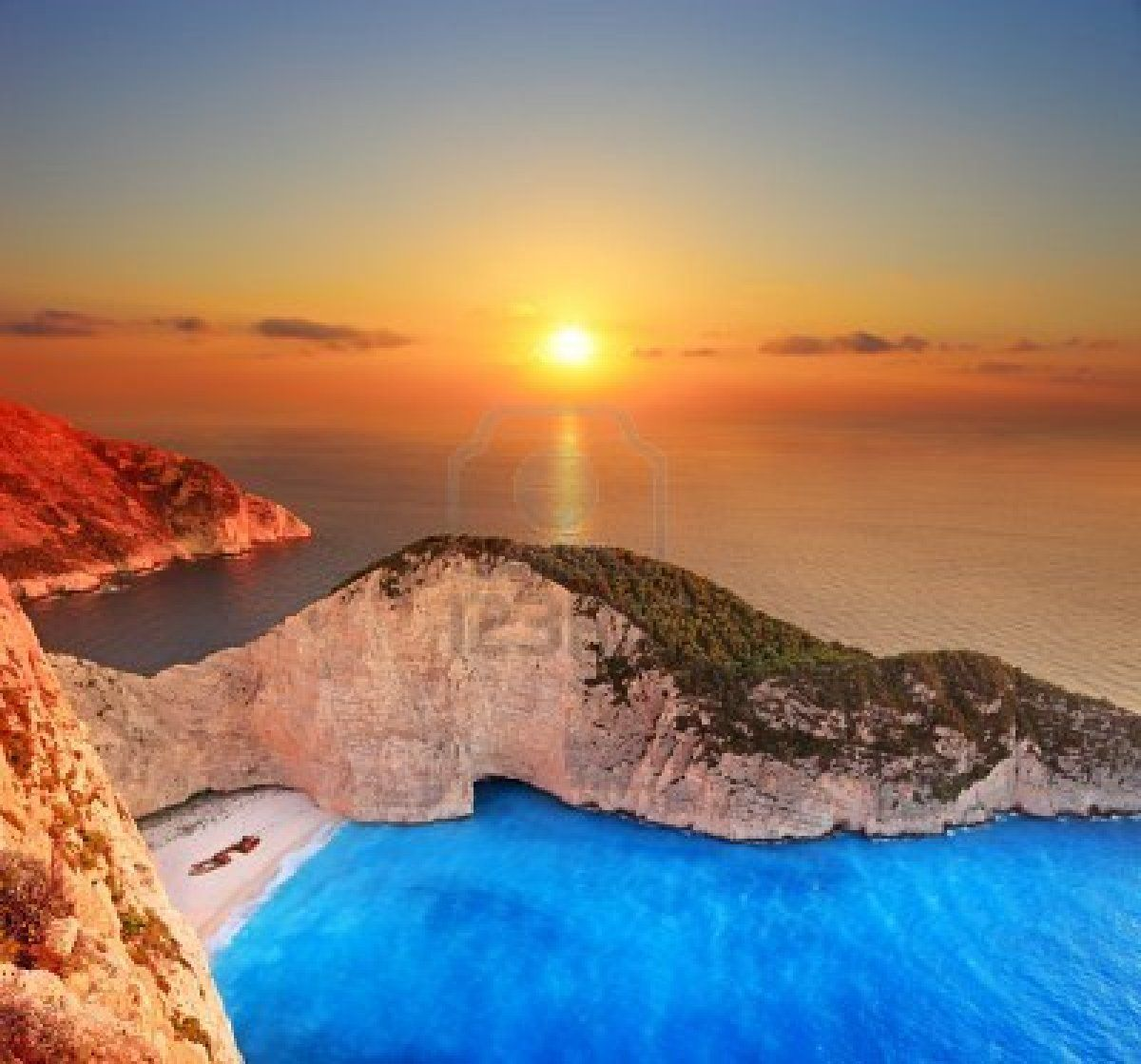 Most Beautiful Places Zakynthos: A Panorama Of Sunset Over Zakynthos Island With A