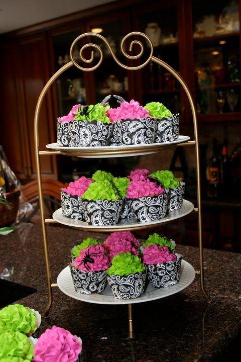 sixteen bday cakes