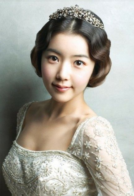 classic vintage princess bridal