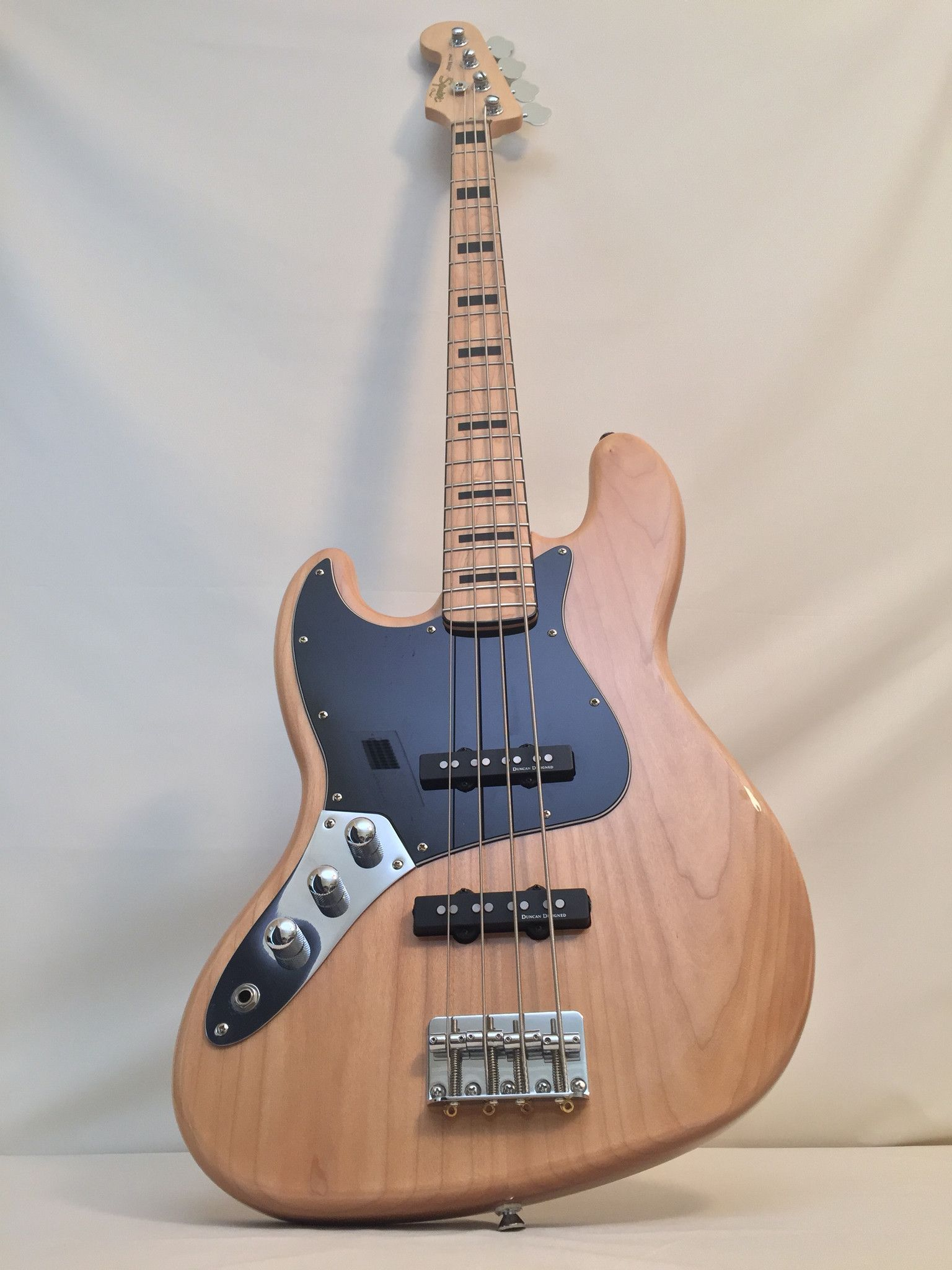 Fender Squier Vintage Modified Jazz Bass 70s Left Handed With Images Fender Squier Guitar Left Handed
