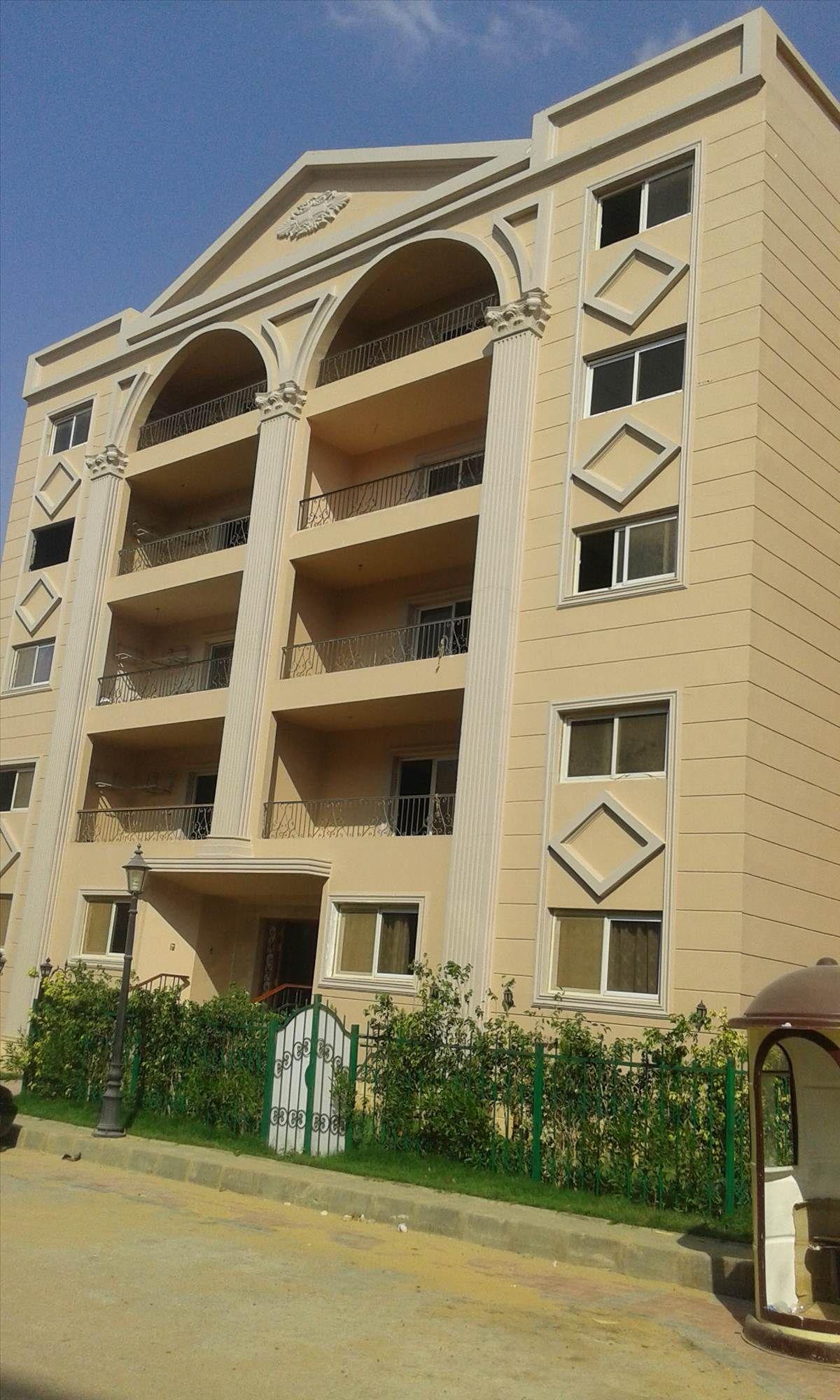 عقار ستوك شقه للبيع بالتجمع الخامس 215م النرجس عمارات House Styles Mansions House