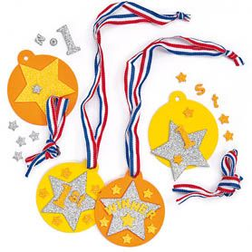 Everyone will be a winner with these fun foam medals! Each kit comes with foam medal, glitter foam decorations and coloured ribbon. Great for sports days!