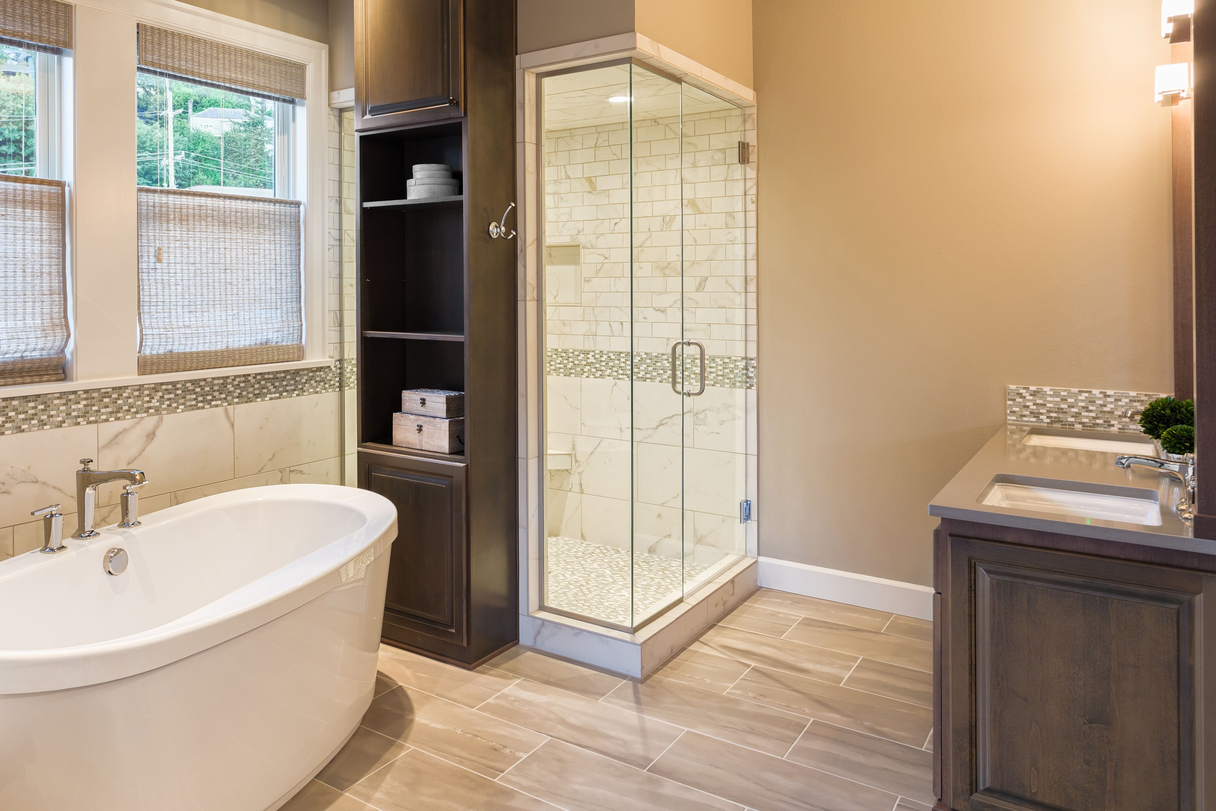 Bathtub And Shower In New Luxury Home Bathroom Remodel Cost Master Bathroom Design Bathroom Remodel Master
