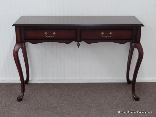 Fabulous Lot 101 Mahogany Entry Or Side Table By Bombay Company Lamtechconsult Wood Chair Design Ideas Lamtechconsultcom