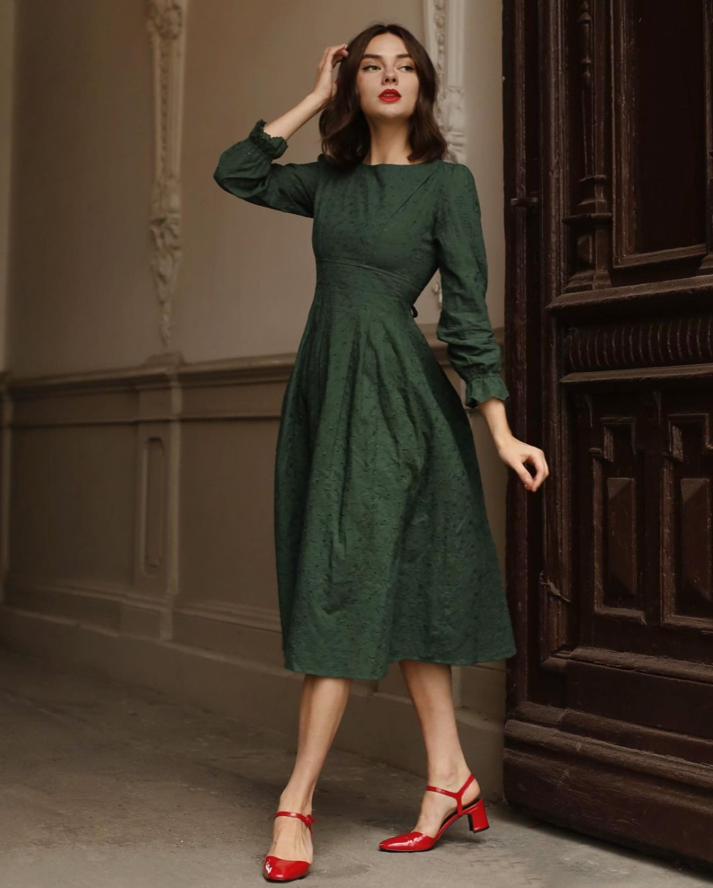 Simple Retro On Instagram One Of The Most Loved Dress By Srgirls Search Lorraine Dark Green Long Sleeve Green Long Sleeve Dress Fashion Long Sleeve Dress [ 1246 x 1000 Pixel ]