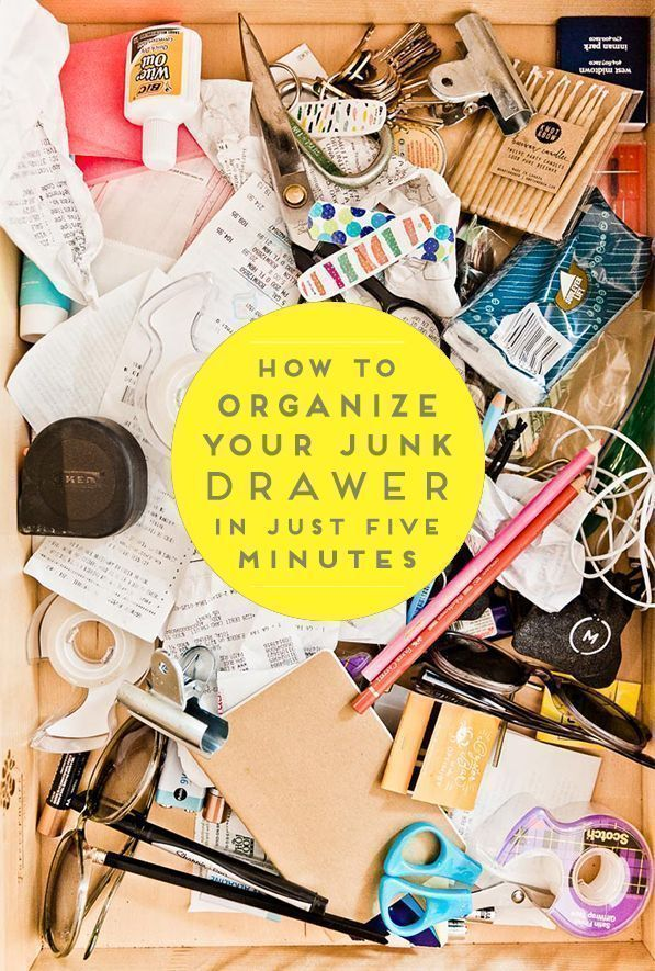 Clutter Control: How to Organize Your Junk Drawer Once and For All (in 5 Minutes). #organization #organized #junkdrawer #springcleaning