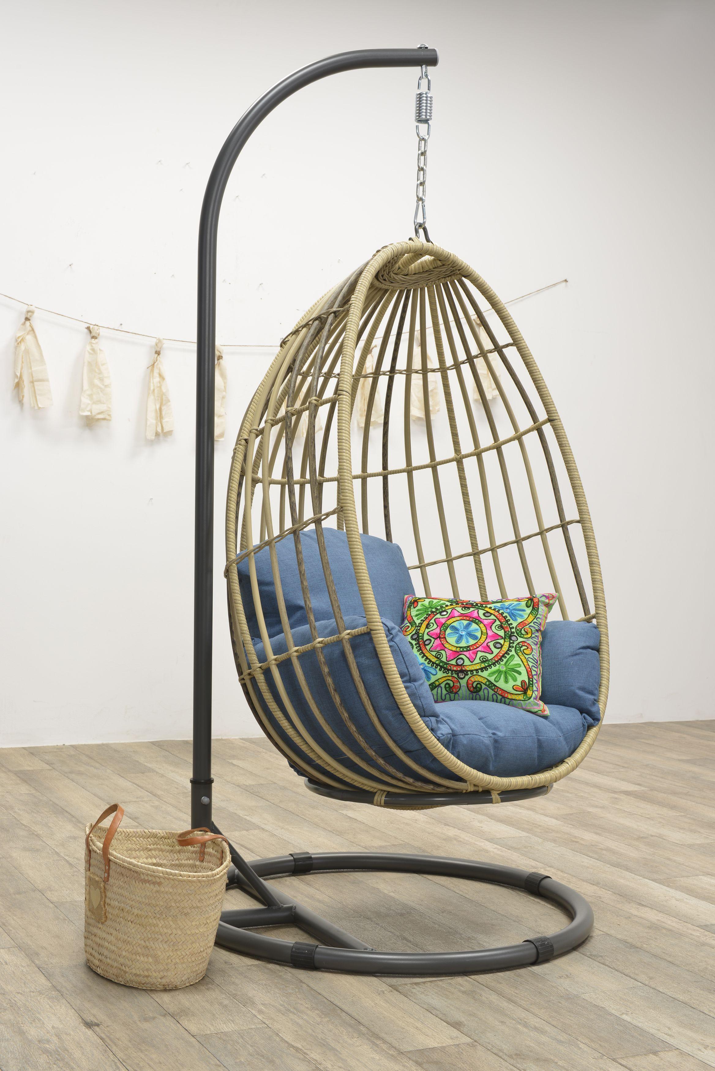 Rotan Hangstoel Buiten.Rotan Tuintrend De Mooiste Tuinstoelen In De Kunststof Wicker
