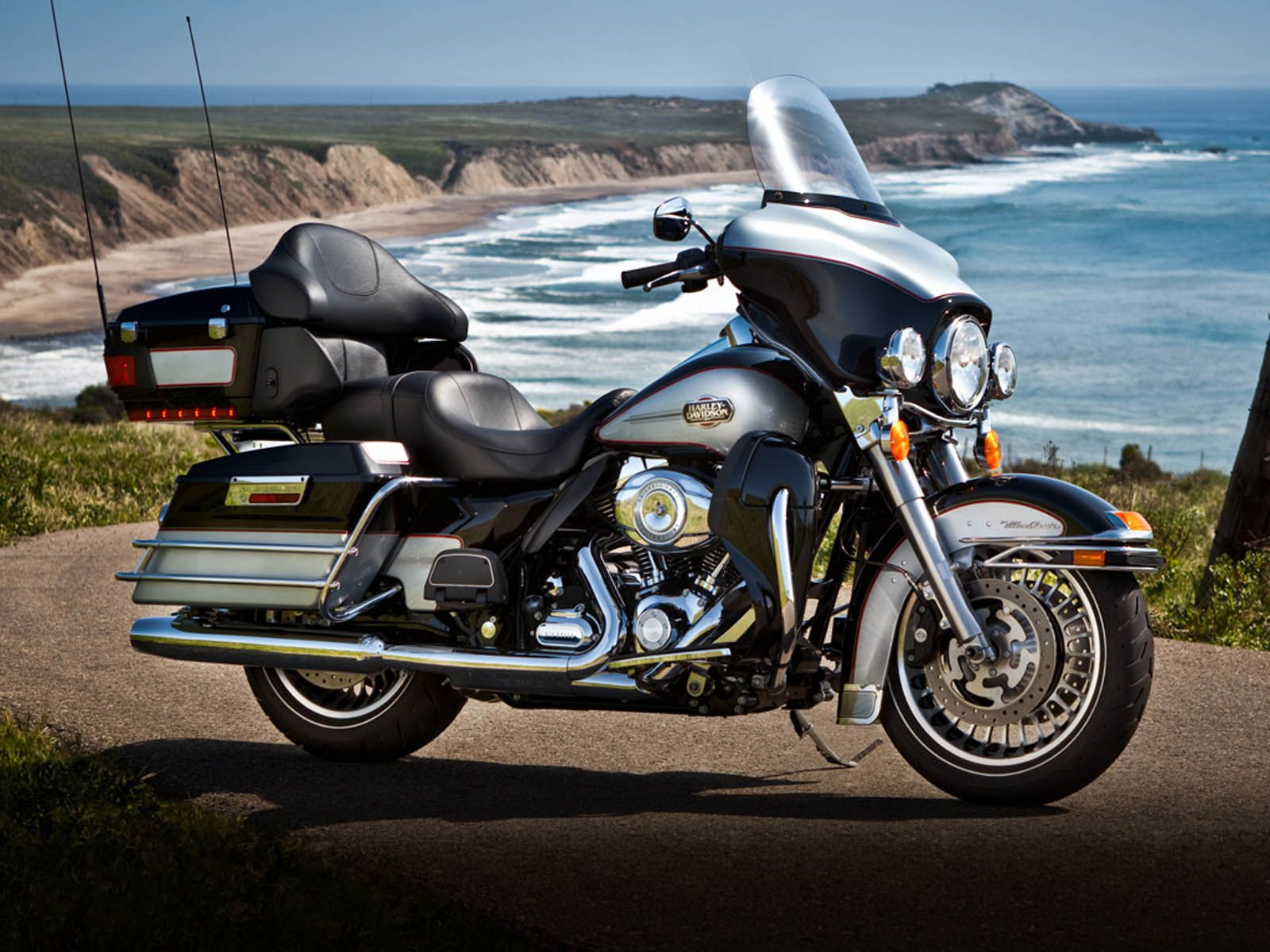 Wallpapers Harley Davidson Ultra Classic Electra Glide [ 1200 x 1600 Pixel ]