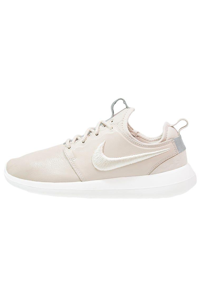 1a464124d068 Nike Sportswear ROSHE TWO SI - Sneaker low - oatmeal ivory metalic silver für  119