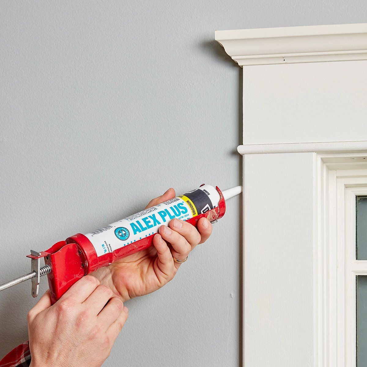 How To Choose the Right Caulk For the Job (With images