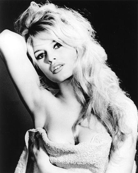 35fc5bc76613 Brigitte Bardot, curvy icon. #BodyBeautiful #TheConversation ...