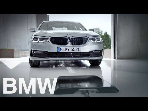 Bmw Has A Wireless Charging Pad That Doesn T Charge Your Phone Bmw Mejores Coches Cargador