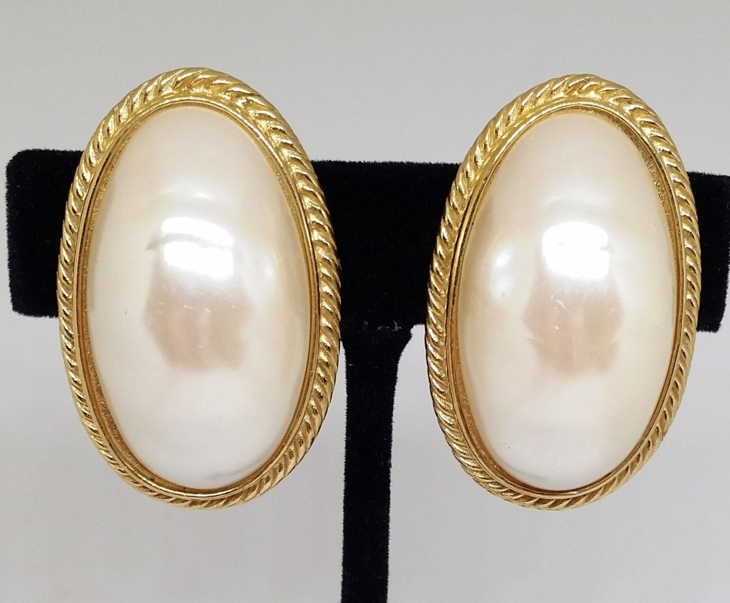 Givenchy Mabe Pearl Gold Tone Clip On Earrings Vintage Designer