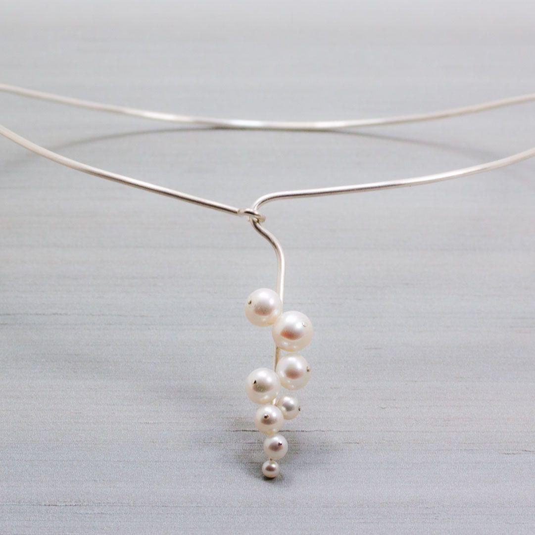klase+silver+freshwater+pearls+Petronella+Eriksson++unika+smycken+halsband.jpg 1.081×1.081 piksel