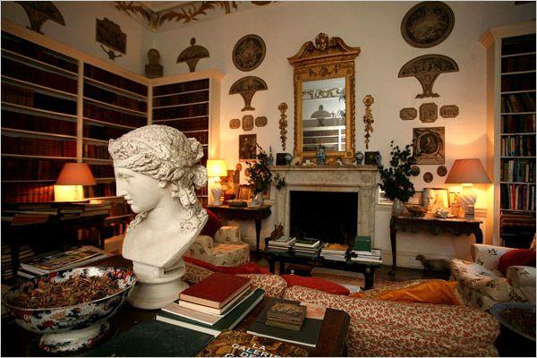 Castles Revived   The New York Times U003e Home U0026 Garden U003e Slide Show U003e Slide 3  Of 11 | Decorating 3 | Pinterest | Castles, Living Rooms And Room