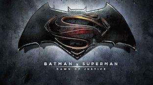 Ora è ufficiale e definitivo. Il titolo del film che porta insieme sullo schermo il cavaliere oscuro e il kryptoniano è Batman v Superman: Dawn of Justice.
