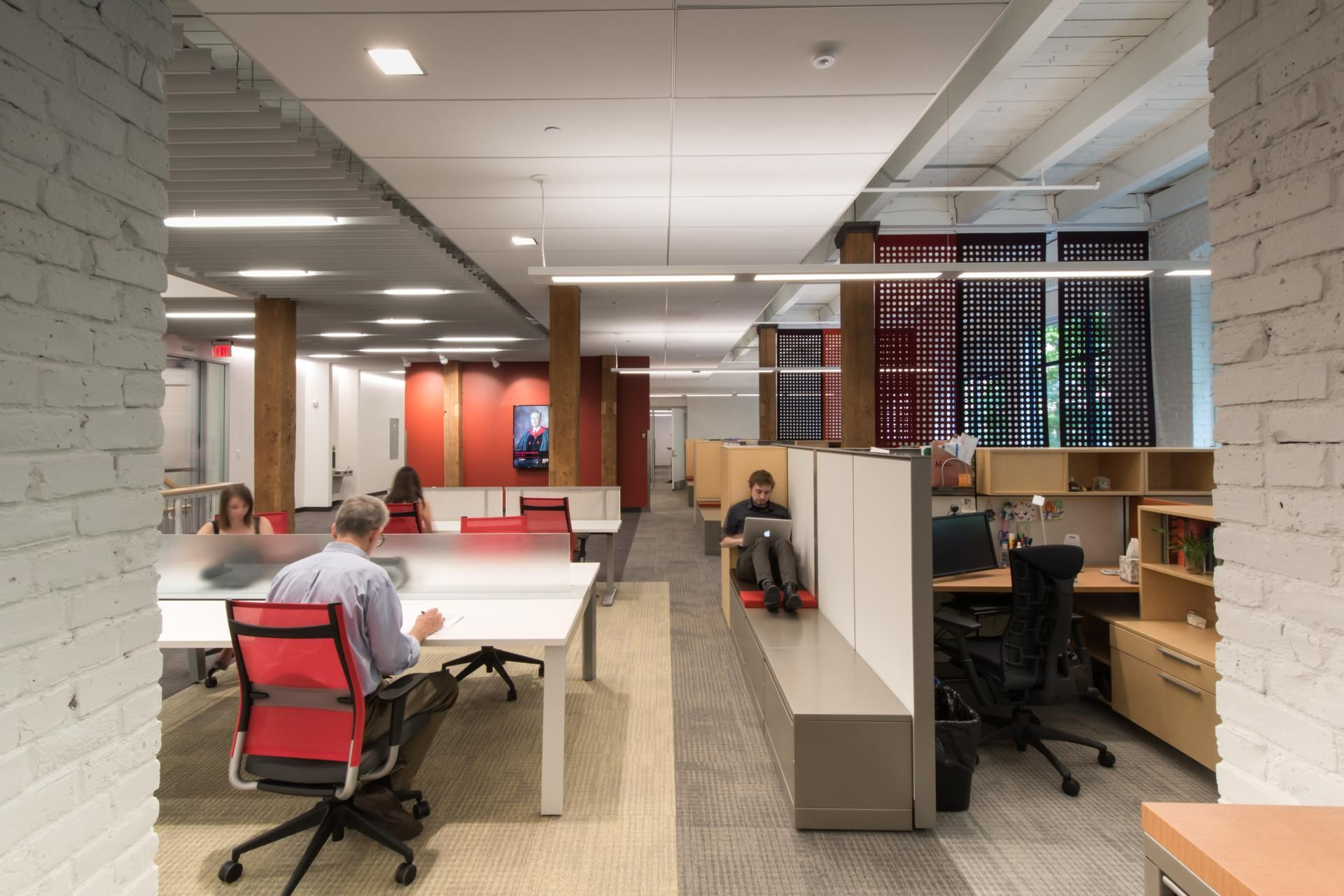 tech office furniture. Collision Zones, Booths, And Transparency Are The Buzzwords Of Office Design - Style Tech Furniture I