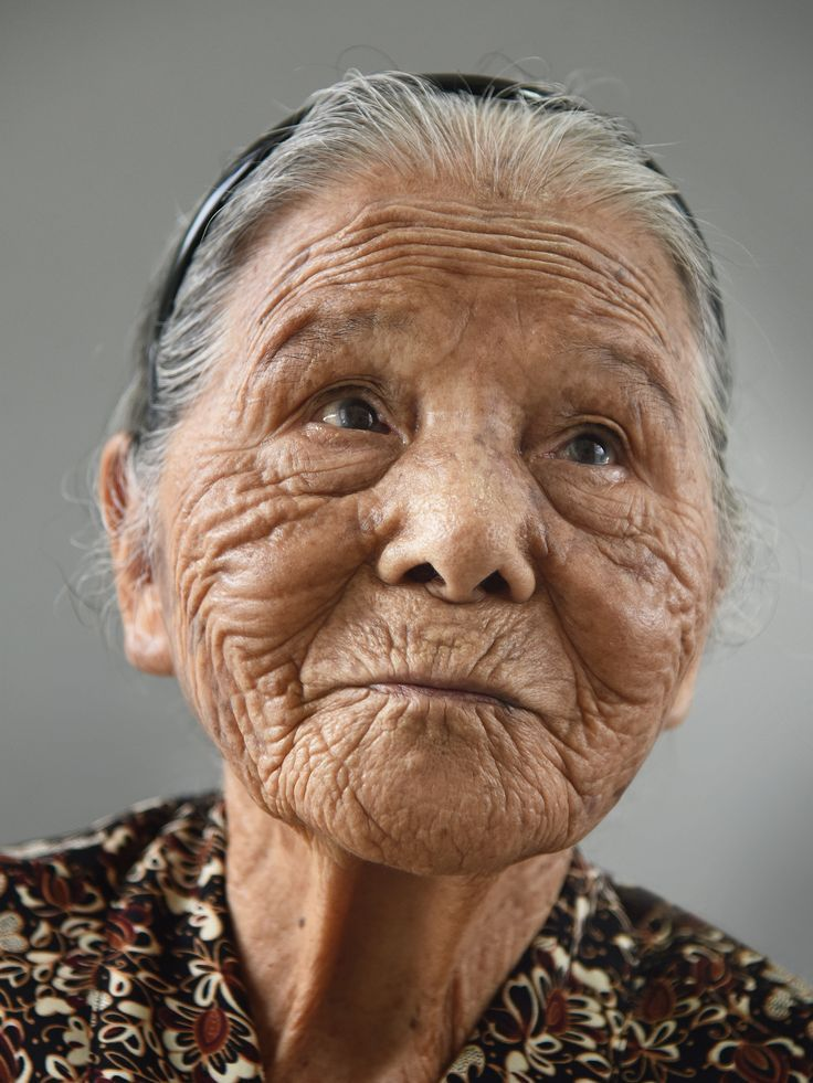 14 Women Show Off Wrinkles To Make A Potent Statement About Aging #aginggracefully