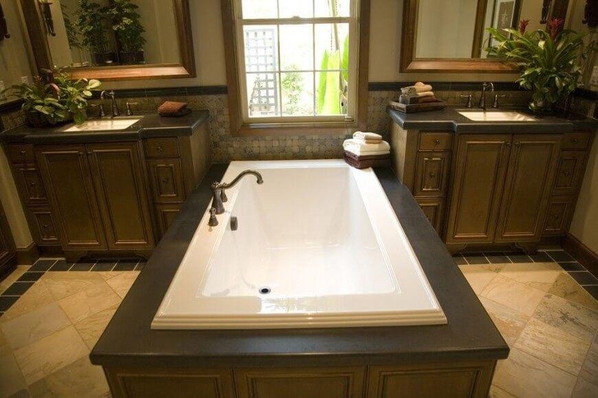 Traditionellen rustikalen Stil Badezimmer mit einem Rahmen - designer waschbecken badezimmer stil