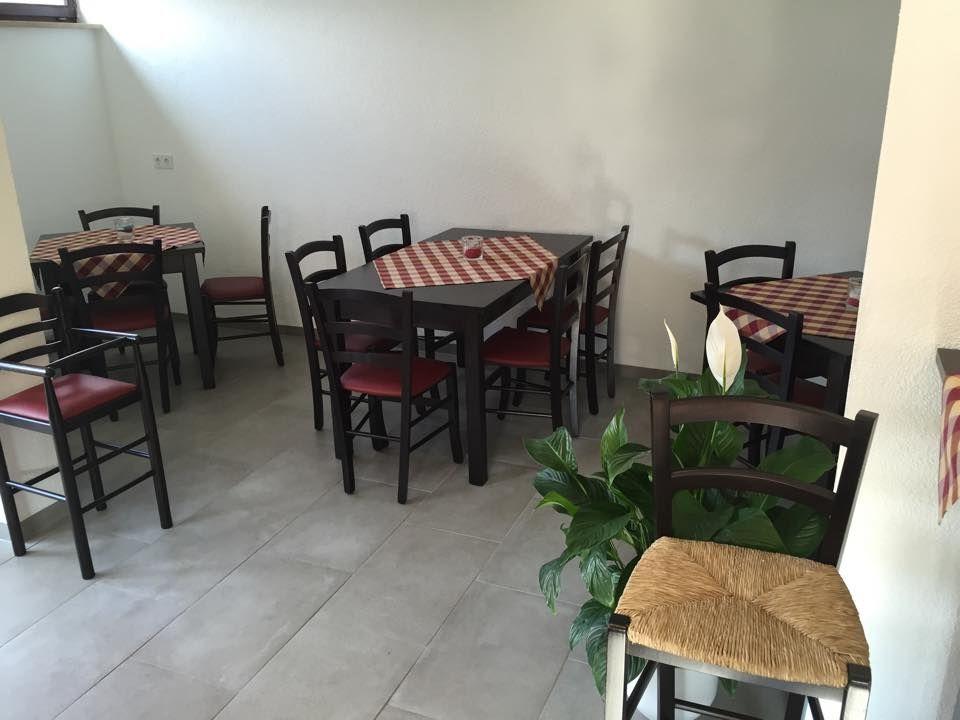 Arredamento Trattoria ~ Arredamento pub bar ristoranti pizzerie maieron snc